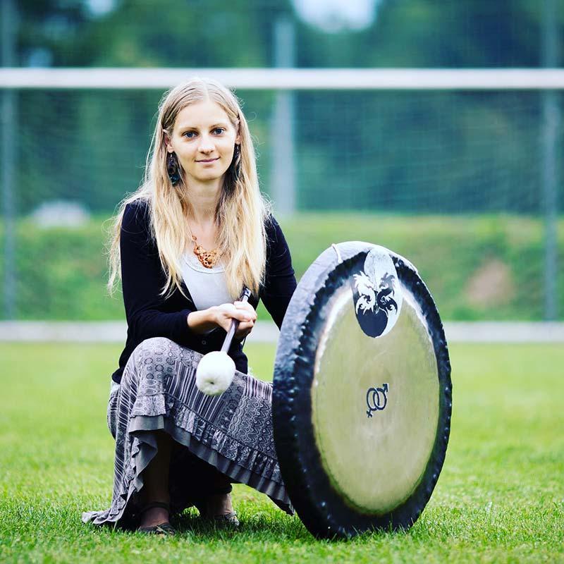 spela-kolenc-gong