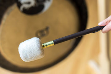zvocna-terapija-gongi